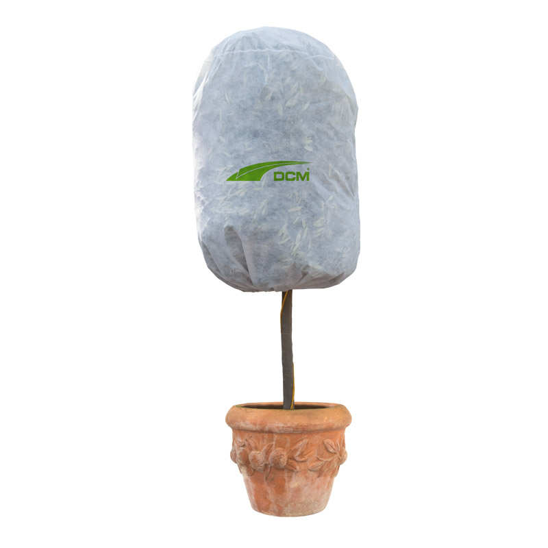Housse de protection pour les plantes dcm dcm for Protection plante gel
